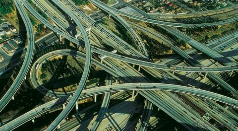 Ссылки — это «дороги», по которым идет трафик на сайты